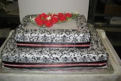 Engagement & Anniversary Cake #10