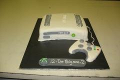 Birthday & Novelty Cake #70